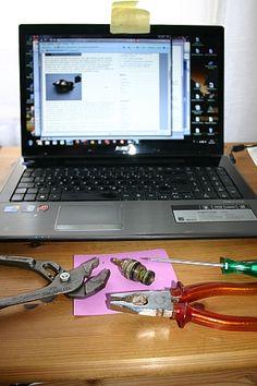 Verbrauchermeinung: Wie ich lernte, meinen tropfenden Wasserhahn selbst zu reparieren Monitor, Laptop, Remodels, Learning, Laptops, The Notebook