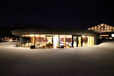 Jungbrunn SPA Wellness(t) im Winter - www. Wellness Spa, Mansions, House Styles, Winter, Home Decor, Beautiful Hotels, Good Times, Places, Guys