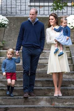 Cambridge family, Will and Kate with kids