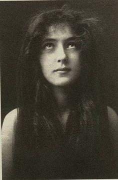 * Florence Evelyn Nesbit *