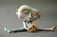 """Stearing at Myself,"" Diana Farfan ceramic sculpture."