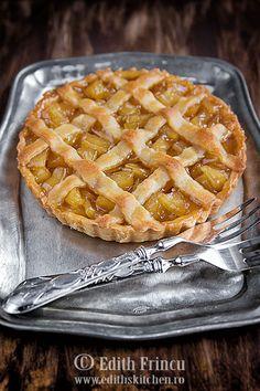 Tarta cu ananas caramelizat - Edith's Kitchen