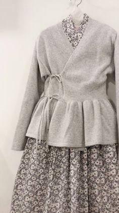 차이킴 tchaikim display look Hijab Fashion, Boho Fashion, Fashion Dresses, Womens Fashion, Fashion Design, Linen Dresses, Cotton Dresses, Korea Dress, Hijab Style Dress