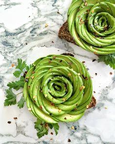 Avocado Rose // Elle à Table