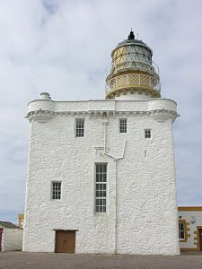 Kinnaird Head Lighthouse · Fraserburgh · Scotland (Pos.: 57°41105'N 2°00.265'W) · built in 1987 by Thomas Smith; White Tower 10 metres high; Range 22 nm  http://www.nlb.org.uk/LighthouseLibrary/Lighthouse/Kinnaird-Head/