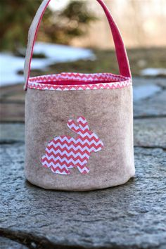 Zaaberry: Felt Easter Bucket-TUTORIAL