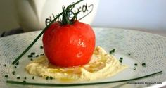 Receta de tomate relleno de bacalao al pil-pil sobre humus | EROSKI CONSUMER