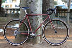 *FAIRWEATHER*cx complete bike BLUE LUG custom   SPEC Frame: *FAIRWEATHER*cx Headset:*CHRIS KING* nothreadset Wheels: *H PLUS SON* archetype × *SHIMANO*105 Tire: *RIVENDELL* jack brown Crankset:*FAIRWEATHER* CX crankset Brake&shift lever:*SHIMANO*105 RD:*SHIMANO*105 Brake:*TEKTRO* Handle: *RITCHEY* classic curve drop Stem:*THOMSON* elite x4 Saddle:*BROOKS*swift