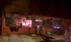 CONEXÃO BOMBEIRO : Incêndio atinge três lojas na Avenida Dom Pedro II...