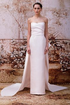 Monique Lhuillier Fall 2014 Bridal Collection. www.theweddingnotebook.com