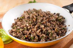 Curried Ground Beef-  1 tsp. olive oil 1 lb. 95% lean ground beef, chicken, or turkey 1 garlic clove, minced Salt and pepper 2 tsp. madras curry powder