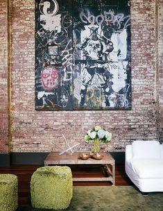 No Soho, em Nova York, o cineasta Marcus Nispel transformou um antigo edifício em um triplex fantástico. Chequem as imagens.    Em frente à ...
