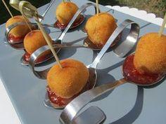 Unas croquetas de cebolla frita y queso de cabra alucinantes de sabor!   Con Thermomix !