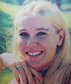 Agnetha very early picture