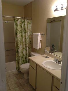 Classic style bathroom.