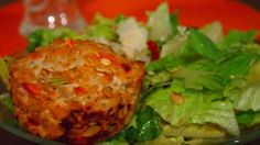Clean eating Turkey Meatloaf Muffins via Jamie Eason's recipe - only 80 calories per serving!