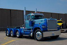 Mack - RW Super-Liner #heavyhauling