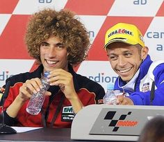 Marco Simoncelli & Valentino Rossi, http://www.daidegasforum.com/forum/foto-video/503994-marco-simoncelli-raccolta-foto-thread.html