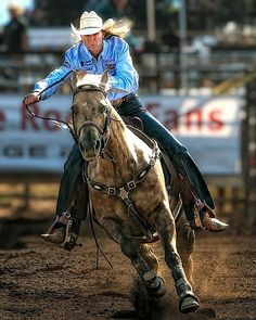 Barrel racing 101 from them right there boy. Sherry Cervi and Stingray