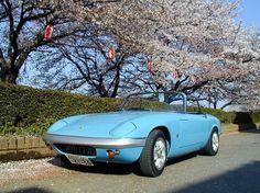"64 Likes, 8 Comments - Satoshi Hirakawa (@usuao_elan) on Instagram: ""これもまた古い写真です。 この頃はまだ『春日部56』ナンバーだったんだなぁ。(現在は『春日部500』ナンバー) 北越谷 元荒川桜堤にて。 #lotuselan #lotus #elan…"""