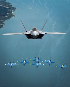 By Raptor demoteam On April Maj. Paul 'Loco' Lopez and the Raptor Demonstration Team made a historic aerial flight alongside… Airplane Fighter, Fighter Aircraft, Fighter Jets, Military Jets, Military Aircraft, Military Life, Us Navy Blue Angels, Photo Avion, F22 Raptor