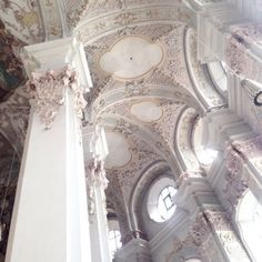 ornate decorated ceilings european decor and architecture beautiful buildings Architecture Baroque, Architecture Design, Beautiful Architecture, Beautiful Buildings, Beautiful Places, Princess Aesthetic, White Aesthetic, Angel Aesthetic, Aesthetic Pictures