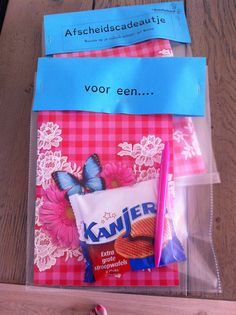 Afscheidscadeau voor een kanjer Little Presents, Your Teacher, Teaching Tools, Primary School, Teacher Appreciation, Back To School, Thankful, Classroom, Diy Crafts