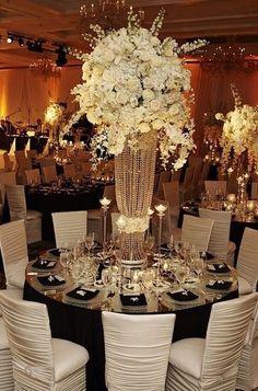 Simple but beautiful wedding centerpieces