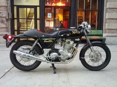 Norton 750 Commando - hated that bike ...