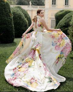27 Ultra-Pretty Floral Wedding Dresses For Brides ❤ floral wedding dresses a line texture color country moniquelhuillier #weddingforward #wedding #bride #weddingoutfit #bridaloutfit #weddinggown