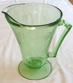 Fantastic Depression Glass Florentine Pattern Green Footed Pitcher
