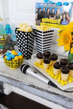 Entertaining: Fun Ideas for Hosting a Pitch Perfect 2 Movie Night and Karaoke Party #ThePitchesatWMT #Pmedia #ad