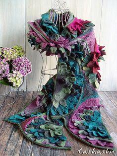 Ravelry: Scarf Water Lily pattern by Svetlana Gordon Love Crochet, Beautiful Crochet, Knit Crochet, Knitted Shawls, Crochet Scarves, Shawl Patterns, Knitting Patterns, Knitting Projects, Hand Knit Scarf