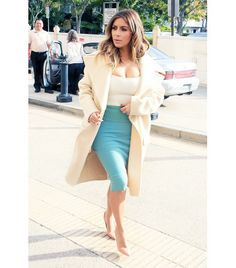 @Alexandra M What Wear - Kim Kardashian                 Kardashian's new style in two words: grown sexy. Her Kanye-approved diet of body-conscious designer staples is actually easy to recreate, thanks to the neutral palette and classic shapes.