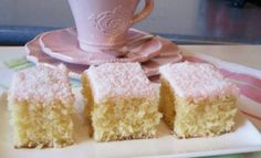 Coconut Slice Recipe Easy Delicious Old Fashioned Favorite Everyone is loving this Coconut Slice Recipe and you will too. It's another old fashioned fave that will be on your must make list. Coconut Recipes, Tea Recipes, Sweet Recipes, Cake Recipes, Dessert Recipes, Desserts, Recipies, Dessert Ideas, Coconut Slice