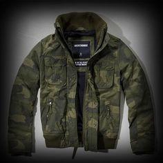 アバクロ メンズ ジャケット Abercrombie&Fitch A&F All-Season Weather Warrior Bomber ジャケット★胸元のアバクロを代表するロゴ刺繍や袖口の刺繍がポイント♪ ★ポリエステル-100%ナイロンでコーディネイトしやすくて、いい感じに味が出ている個性的でお洒落なジャケット。