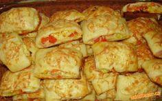 VÝBORNÉ SLANÉ KOLÁČIKY Pizza, Bread, Chicken, Food, Basket, Breads, Hoods, Meals, Bakeries