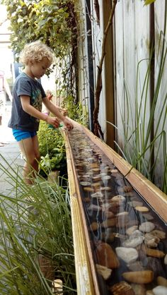 Diy garden boat and play river for our kids! Love it !Diy garden boat and play river for our kids! Love it! DIY diynaturalplaygrounds River for Gartenboot Games in the Backyard Playground, Backyard For Kids, Diy Garden Ideas For Kids, Playground Design, Playground Ideas, Kids Diy, Natural Outdoor Playground, Preschool Playground, Outdoor Play Spaces