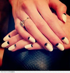 black&white half-moon nails