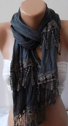 Beige Lace Scarf (Colors look different to me, like grey on navy or black. Quoi Porter, Lace Scarf, Grey Scarf, Scarf Styles, What To Wear, Style Me, Cute Outfits, Short Outfits, Summer Outfits