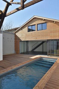 Loft industriel avec piscine à vendre à Bordeaux   Lofts, Archi ...