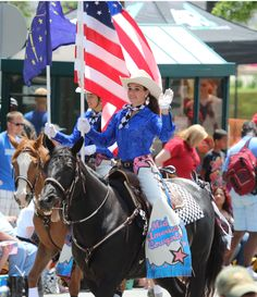 Bull Riding, Horse Riding, Western Horse Saddles, Horse Costumes, God Bless America, Donkeys, Seattle Seahawks, Horse Stuff, Barrels