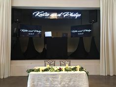 Your name across the top flat panels and a slideshow on the two side inch monitors. Video Wall, Display Screen, Screens, Two By Two, Flat, Top, Ballerinas, Crop Tee, Flat Shoes