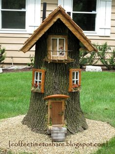 Coffee Time to Share . for rent :) house illustration - Coffee Time to Share …: Gnome house … for rent :] house illustration - Gnome Tree Stump House, Fairy Tree Houses, Fairy Garden Houses, Gnome Garden, Garden Trees, Garden Ideas Using Tree Stumps, Best Tree Houses, Fairies Garden, Tree House Designs