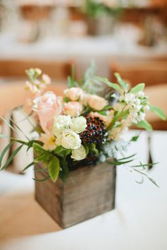 #centerpiece  Photography: Connie Dai - www.conniedaiphotography.com/  Read More: http://www.stylemepretty.com/2014/08/27/rustic-garden-wedding-in-denver/