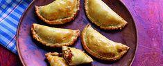 chicken and chorizo empanadas by Paul Hollywood Chorizo Recipes, Meat Recipes, Mexican Food Recipes, Chicken Recipes, Cooking Recipes, Sauce Recipes, Recipe Ideas, Savoury Finger Food