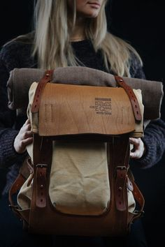Notless Orequal – Leather and canvas backpack