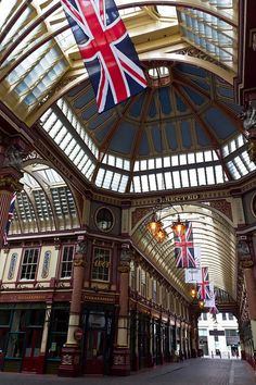 ✯ Leadenhall Market, London