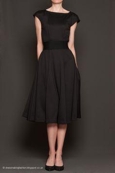 Dress made in ponte using Vogue 8665 pattern. Belt American Apparel.