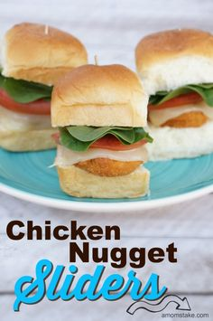 Maybe he would eat these? Chicken nugget sliders are the best and easiest appetizer or finger food for football game day, movie viewing parties or kid's lunch. Appetizers For Kids, Yummy Appetizers, Appetizer Recipes, Dinners For Kids, Kids Meals, Kids Dinner Ideas, Kids Lunch For School, Lunch Kids, Good Food